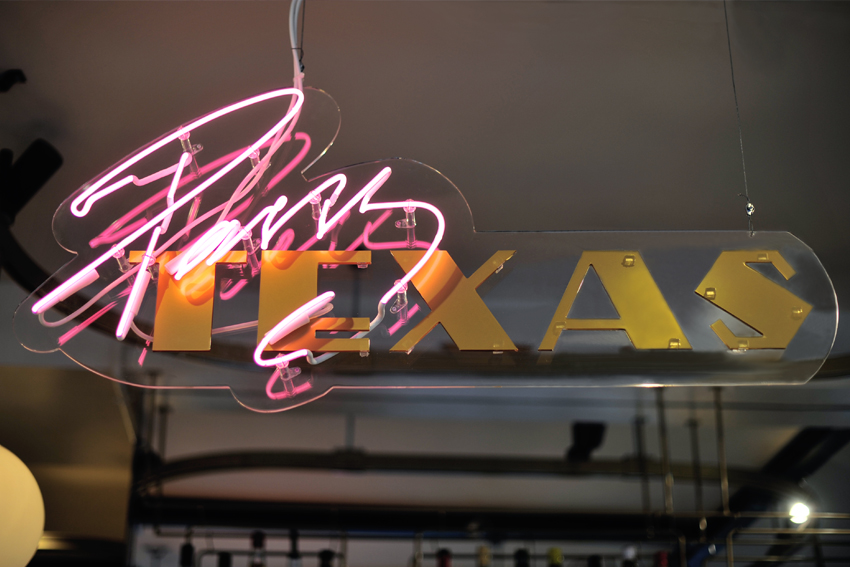 p-texas-acme-paris-1